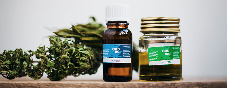 Must-Know Tips For Bringing CBD Oil On A Plane - RQS Blog