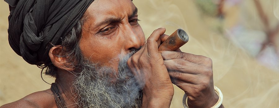 Hinduism and cannabis. Charas, hash, leaves and buds
