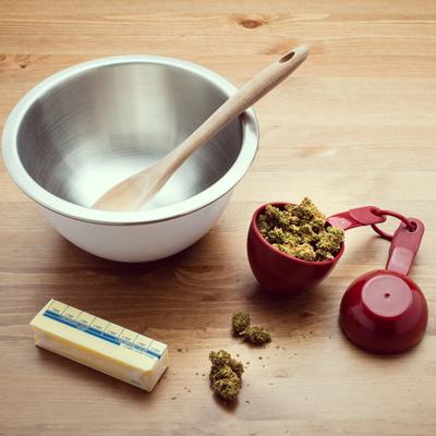 cannabis cake grinder spoon