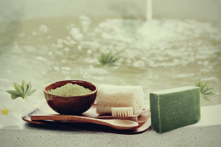Cannabis Bath Salts | An Easy DIY Guide To Making Your Own
