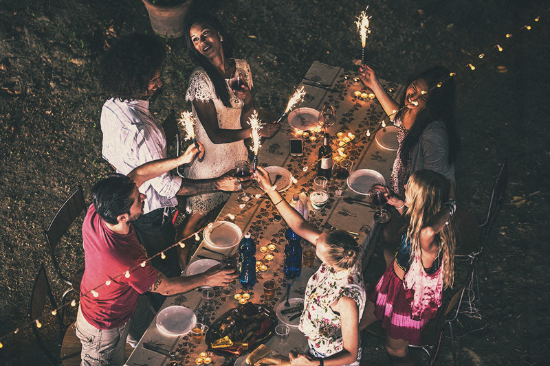 How To Infuse Your Dinner Party With Cannabis: A Complete Guide
