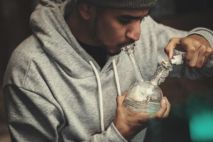 How to Clean Your Bong, Bowl or Pipe