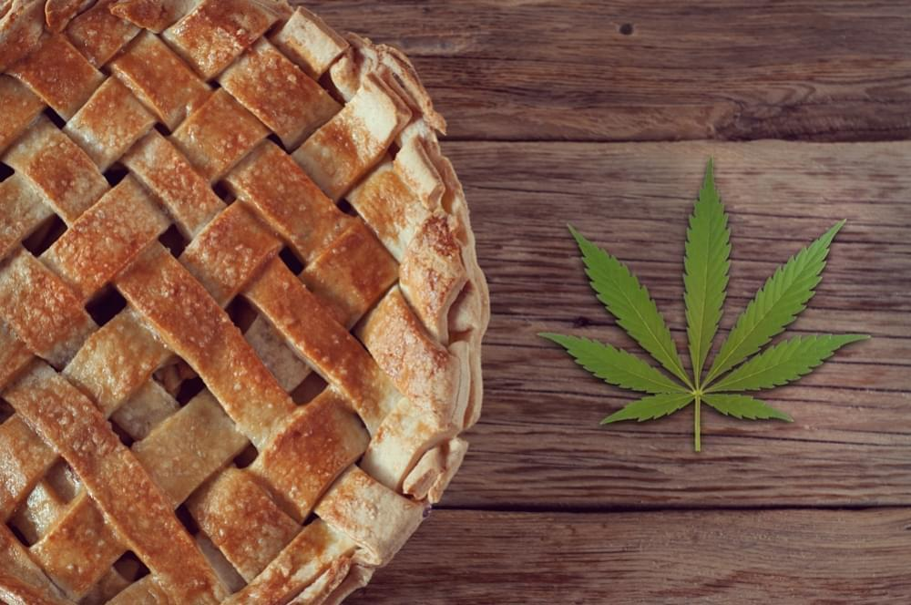 How To Make Weed-Infused American Apple Pie