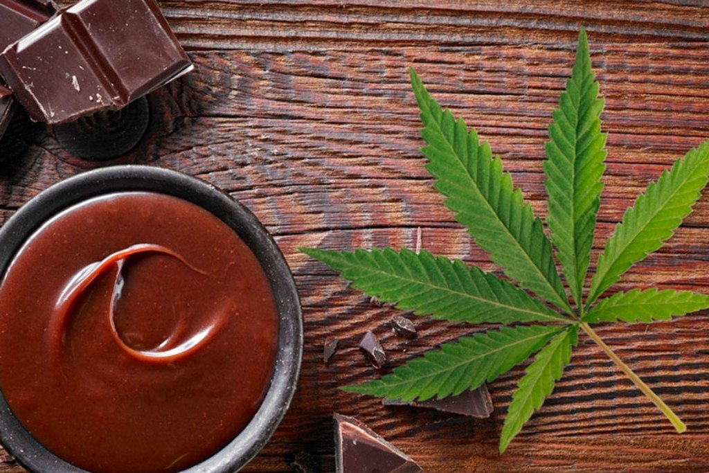 How To Make Cannabis Chocolate Sauce In Just 4 Steps