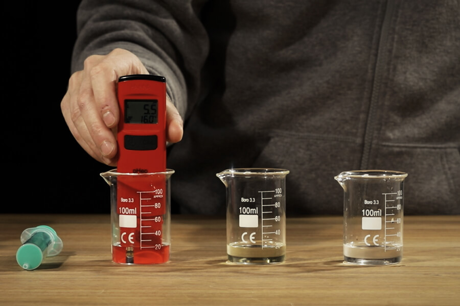 How To Use And Calibrate Your Cannabis pH Meter