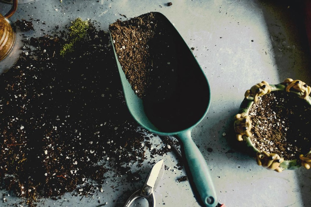 How To Create Your Own Cannabis Super Soil Mix