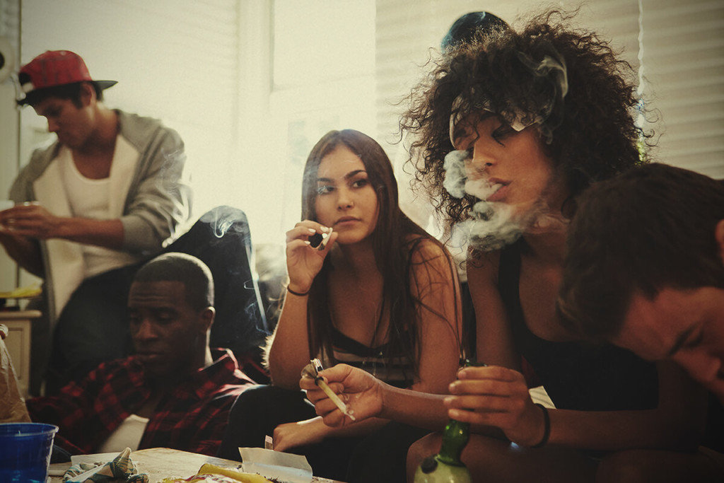 Cannabis Secondhand Smoke: Will It Show On A Drug Test?
